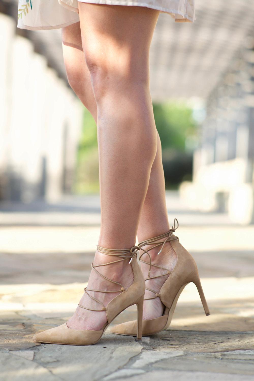 sam-edelman-suede-pointy-toe-lace-up-heels-lauren-schwaiger-style-blog.jpg