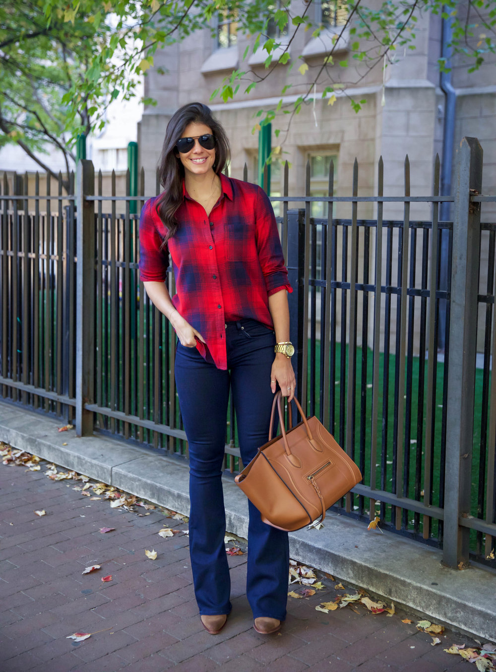 madewell-plaid-button-down-ootd-fall-lauren-schwaiger-style-blog.jpg