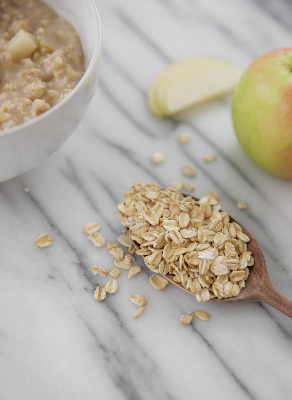 oats-wooden-spoon-lauren-schwaiger-healthy-living-blog.jpg