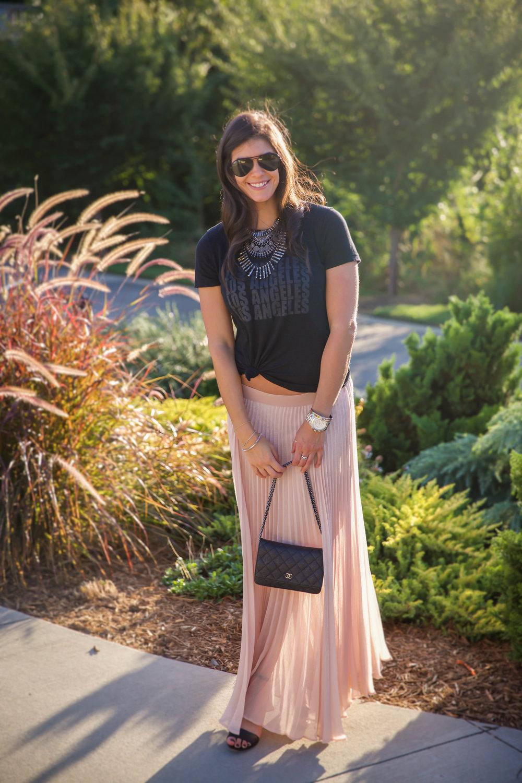 blush-pleated-skirt-ootd-lauren-schwaiger-style-blog.jpg