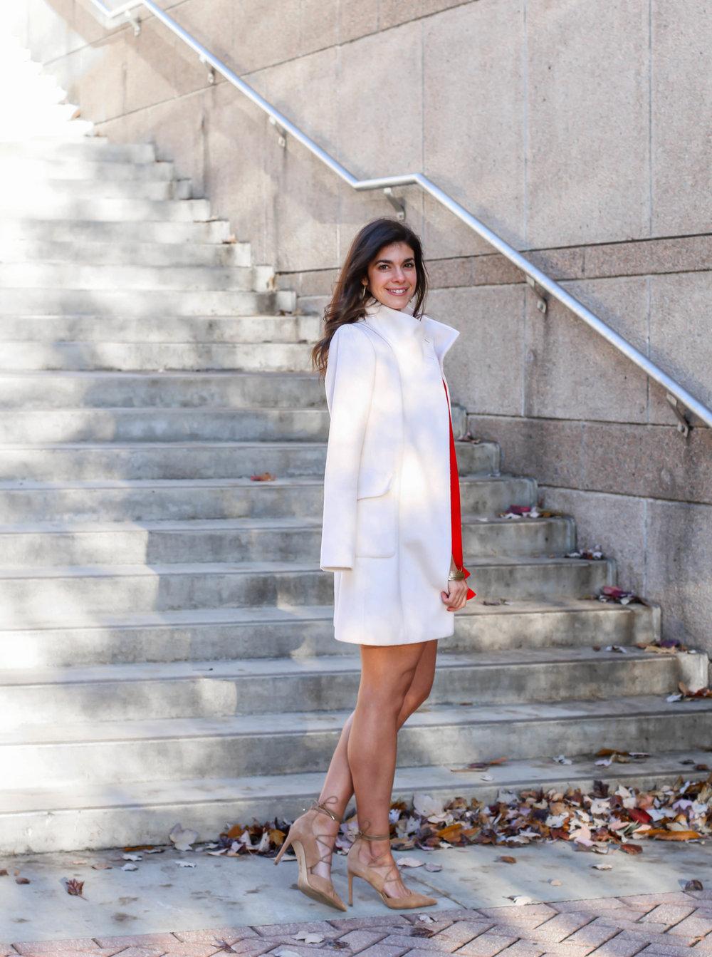 winter-white-coat-ann-taylor-lauren-schwaiger-style-blog.jpg