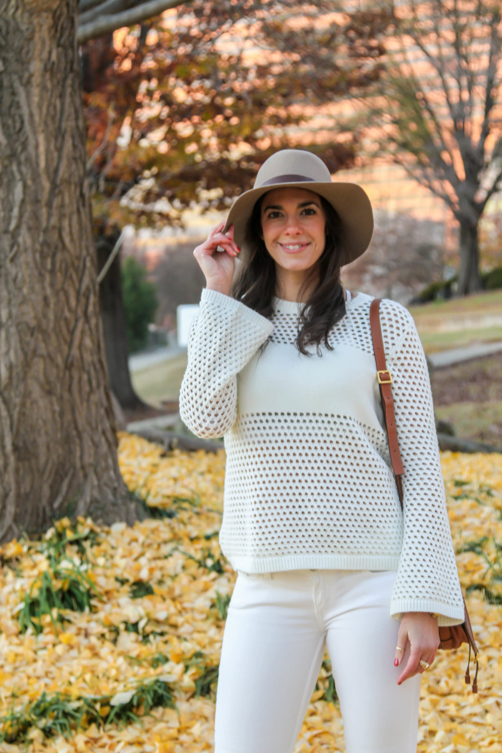 Winter-Whites-Bell-Sleeve-Sweater-Lauren-Schwaiger-Style-Blog.jpg