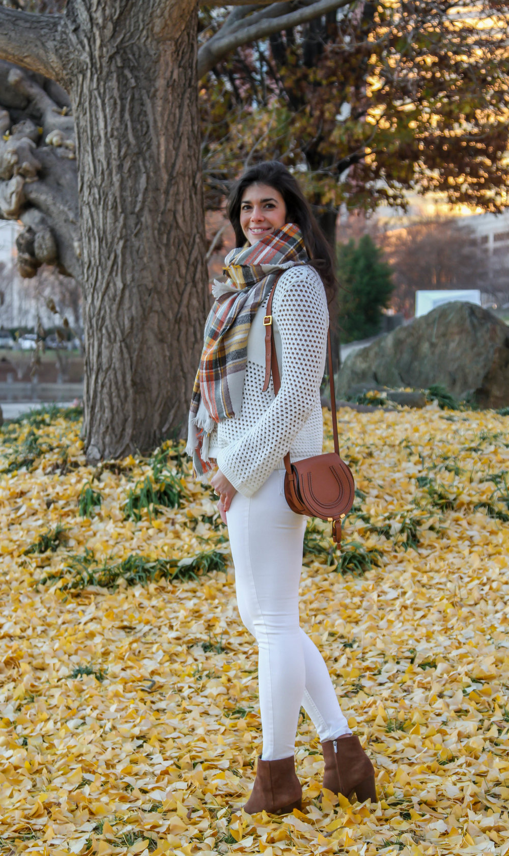 lauren-schwaiger-style-blog-winter-white-OOTD.jpg