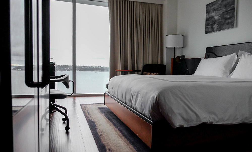 thompson-seattle-deluxe-king-water-view-room-lauren-schwaiger-lifestyle-blog.jpg