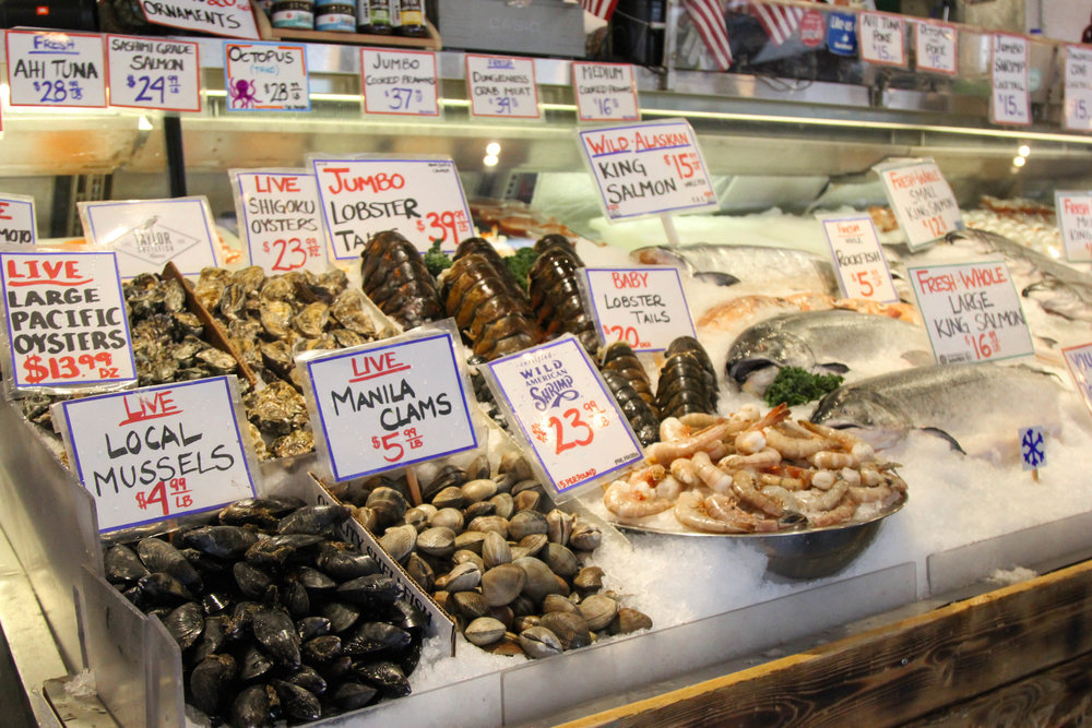 seattle-public-market-seafood-lauren-schwaiger-travel-blog.jpg