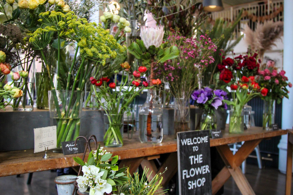 lauren-schwaiger-lifestyle-blog-london-plane-flower-shop.jpg
