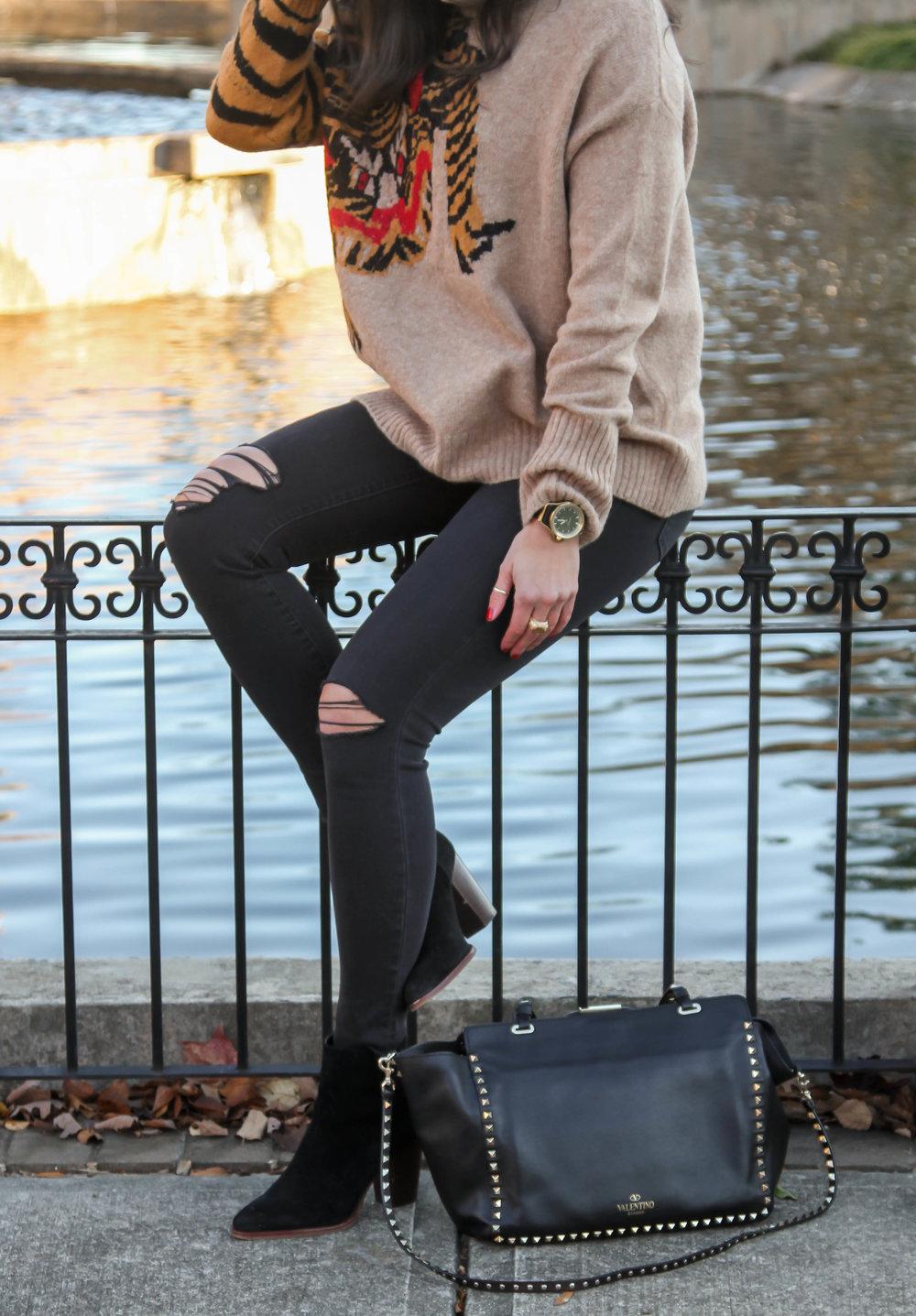 winter-style-ootd-black-brown-lauren-schwaiger-style-blog.jpg