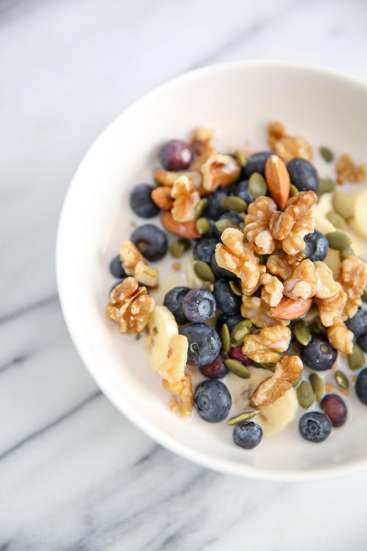 fiber-one-raw-nuts-blueberries-healthy-breakfast-lauren-schwaiger.jpg