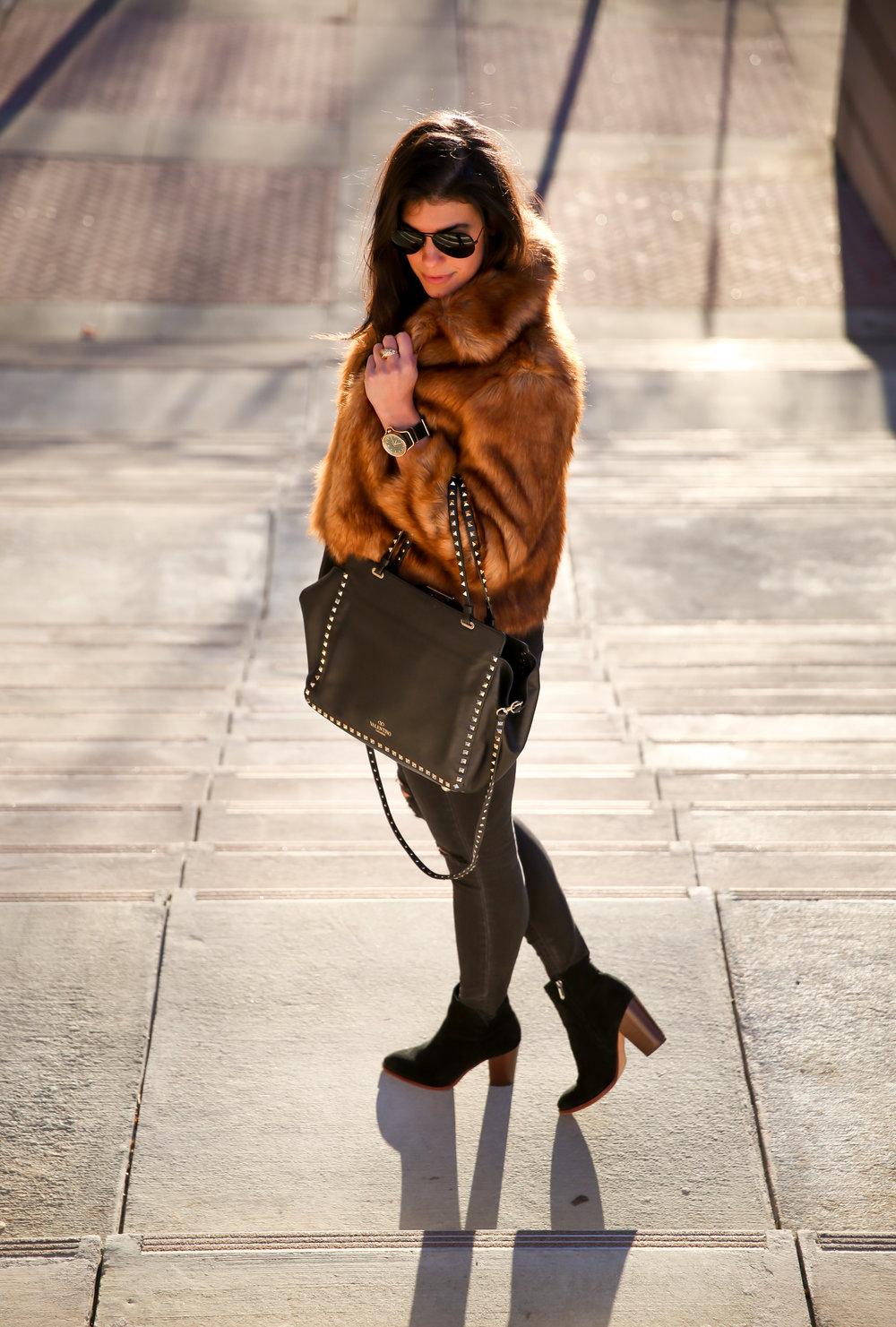 winter-style-ootd-faux-fur-black-skinny-jeans.jpg