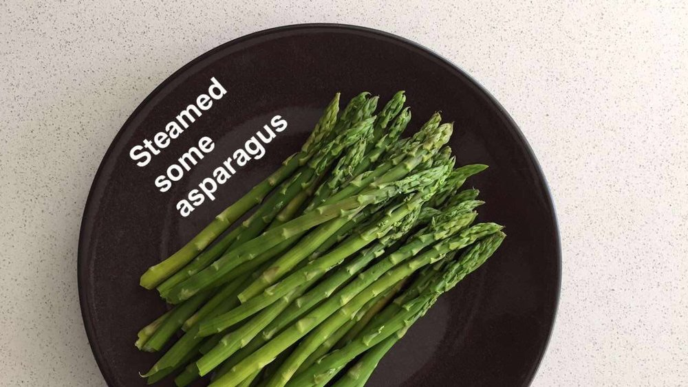 steamed-asparagus-lauren-schwaiger-healthy-eating-blog.jpg