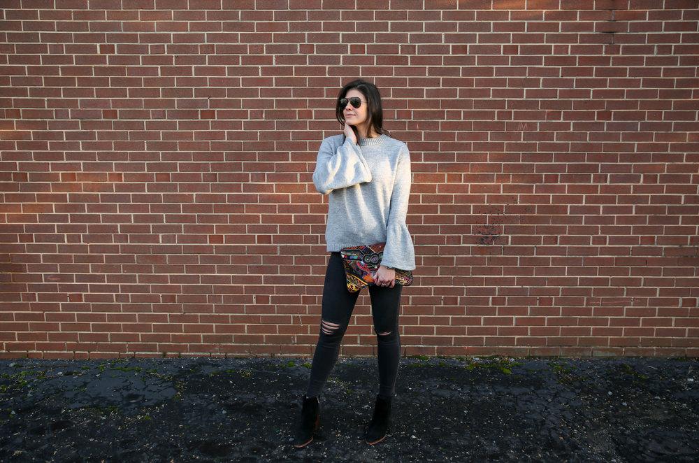 grey-sweater-black-skinnies-booties-winter-style-ootd.jpg