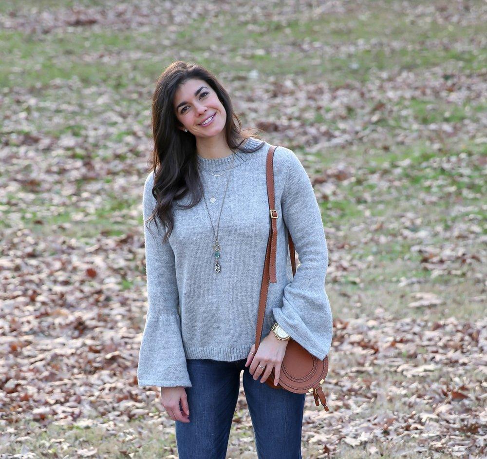 grey-flare-sleeve-sweater-skinny-blue-jeans-lauren-schwaiger-style-blog.jpg