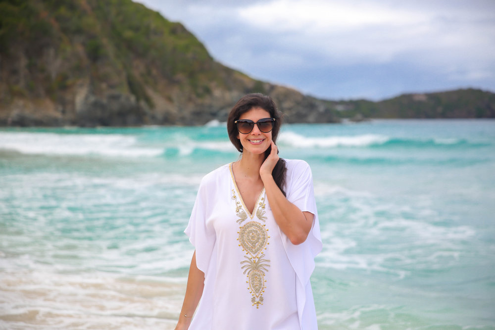 Lilly-Pulitzer-White-Gold-Beach-Coverup-Lauren-Schwaiger-Style-Blogger.jpg