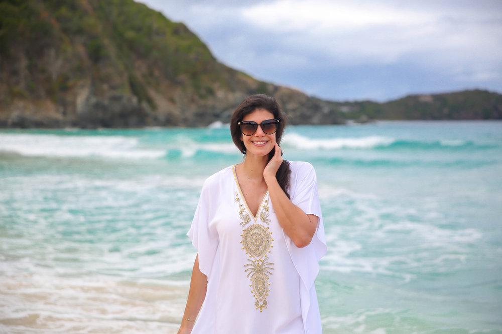 Lilly-Pulitzer-White-Gold-Beach-Coverup-Lauren-Schwaiger-Style-Blogger.jpg