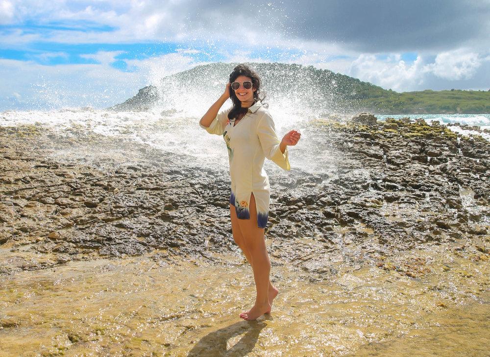 lauren-schwaiger-beach-cover-up-tunic-style-travel-blog.jpg