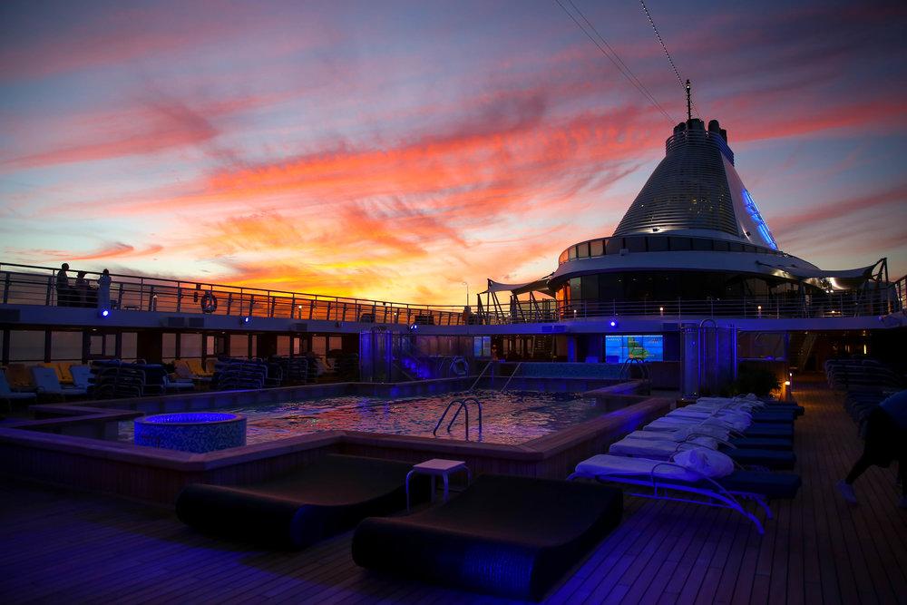 sunset-oceania-riviera-lauren-schwaiger-travel-blog.jpg