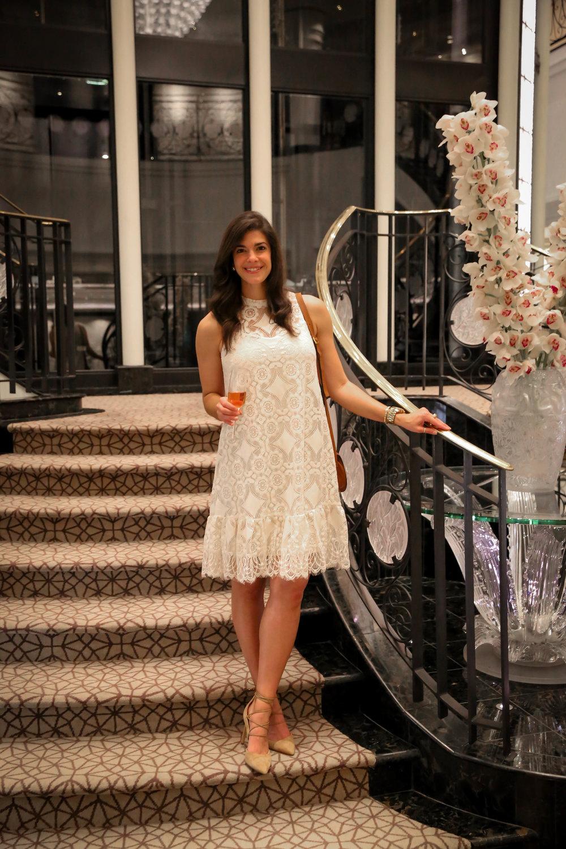 lauren-schwaiger-style-blog-ivory-lace-dress.jpg