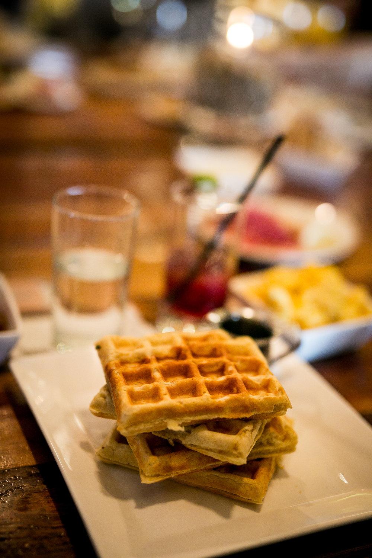 Ilios-Noce-Brunch-Belgium-Waffles-Lauren-Schwaiger-Blog.jpg