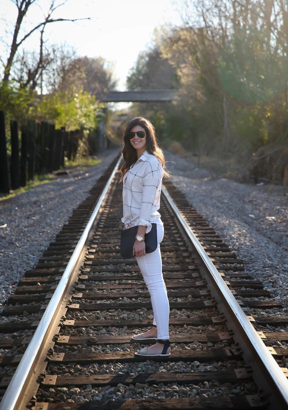 spring-style-inspiration-lauren-schwaiger-charlotte-style-blogger.jpg