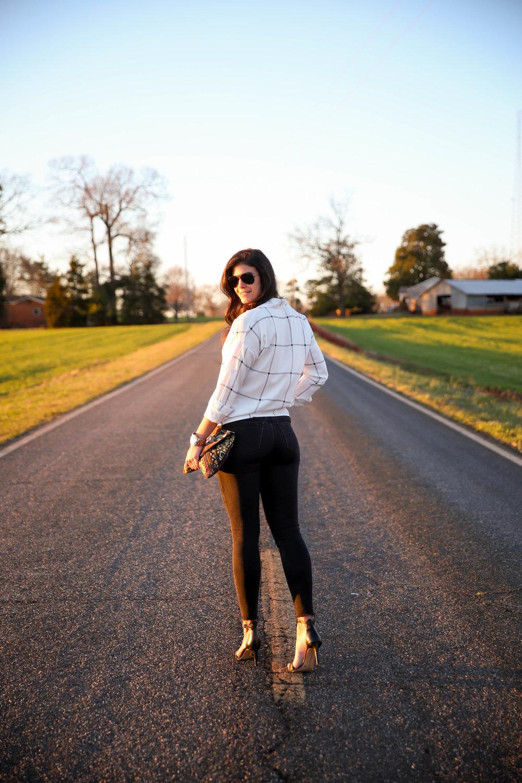 black-skinny-jeans-grid-print-top-lauren-schwaiger-style-blog.jpg