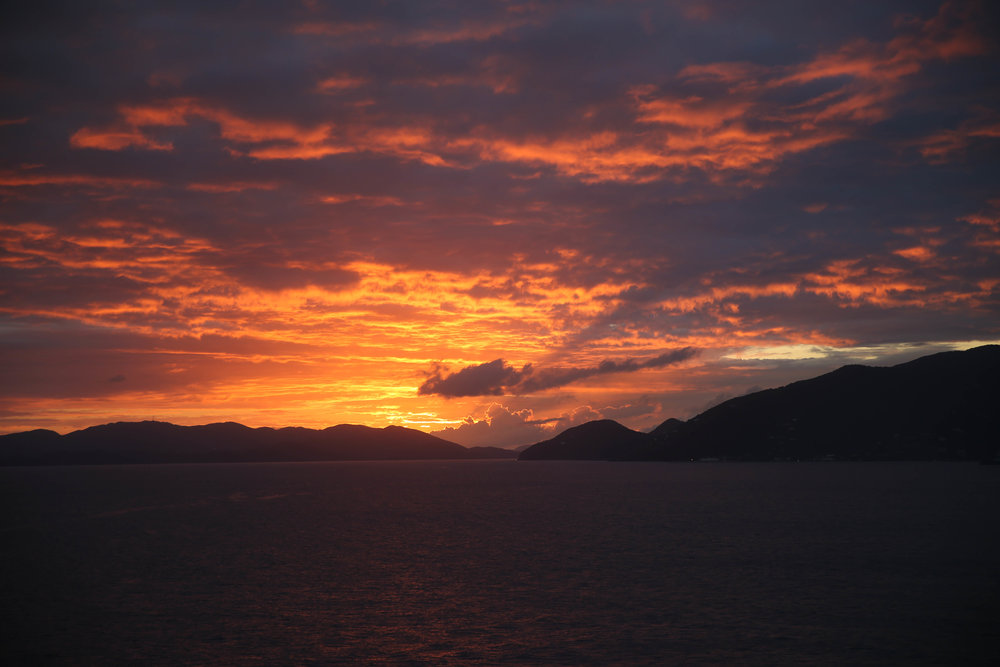 sunset-lauren-schwaiger-lifestyle-blogger.jpg