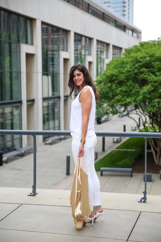 white-gold-summer-style-lauren-schwaiger-blog.jpg
