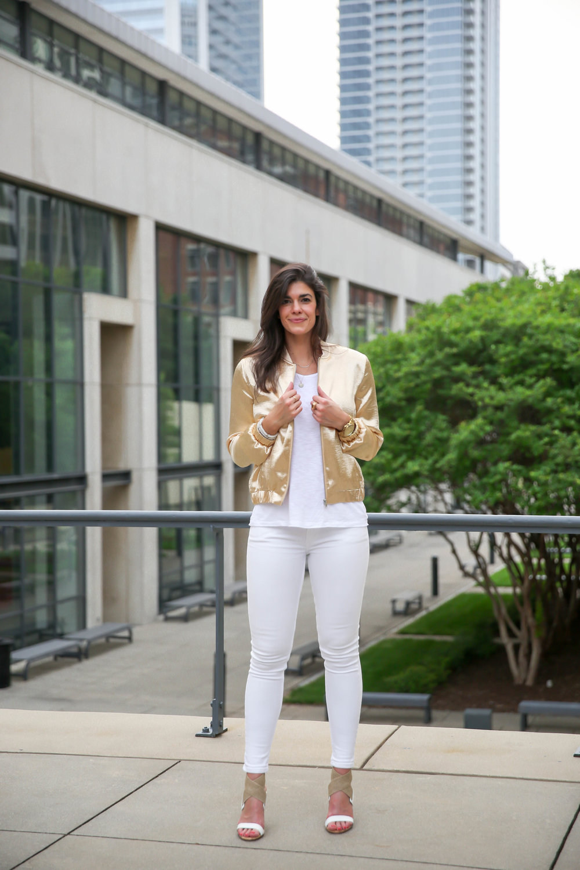 white-denim-metallic-bomber-jacket-summer-ootd-lauren-schwaiger.jpg
