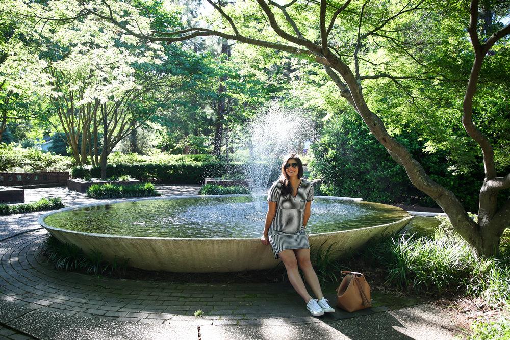 lauren-schwaiger-lifestyle-blogger-glencairn-garden.jpg