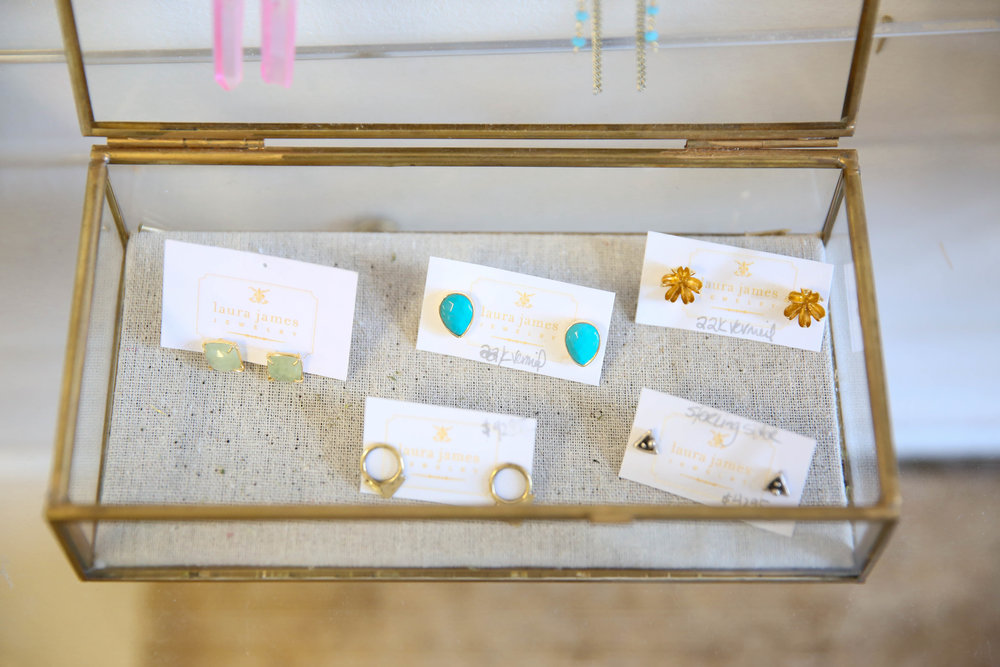 lauren-schwaiger-blog-laura-james-jewelry-stud-earrings.jpg