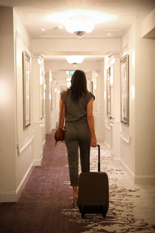lauren-schwaiger-style-blog-iveys-hotel-charlotte-nc.jpg