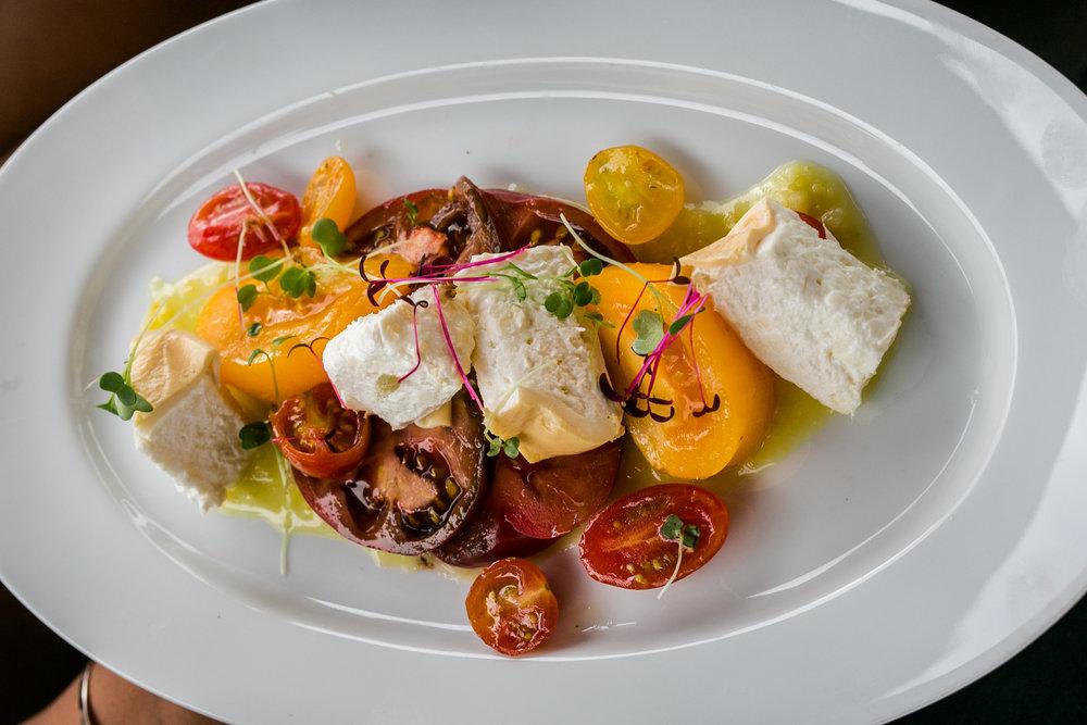 vivace-charlotte-tomato-mozarrella-salad-lauren-schwaiger-lifestyle-blog.jpg