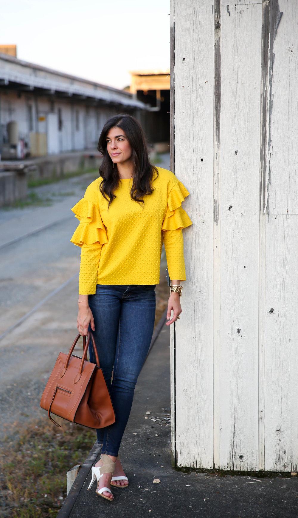 street-style-inspiration-ruffle-blouse-dark-denim-lauren-schwaiger-blog.jpg