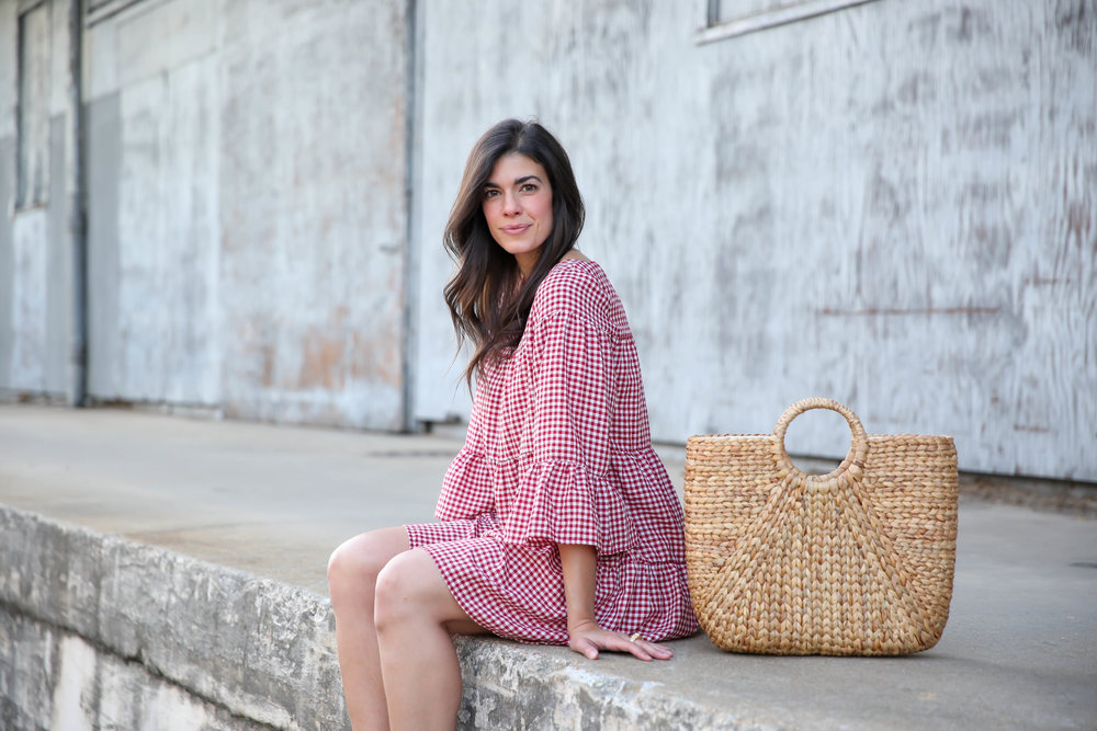 casual-chic-summer-style-gingham-mini-dress-lauren-schwaiger-blog.jpg