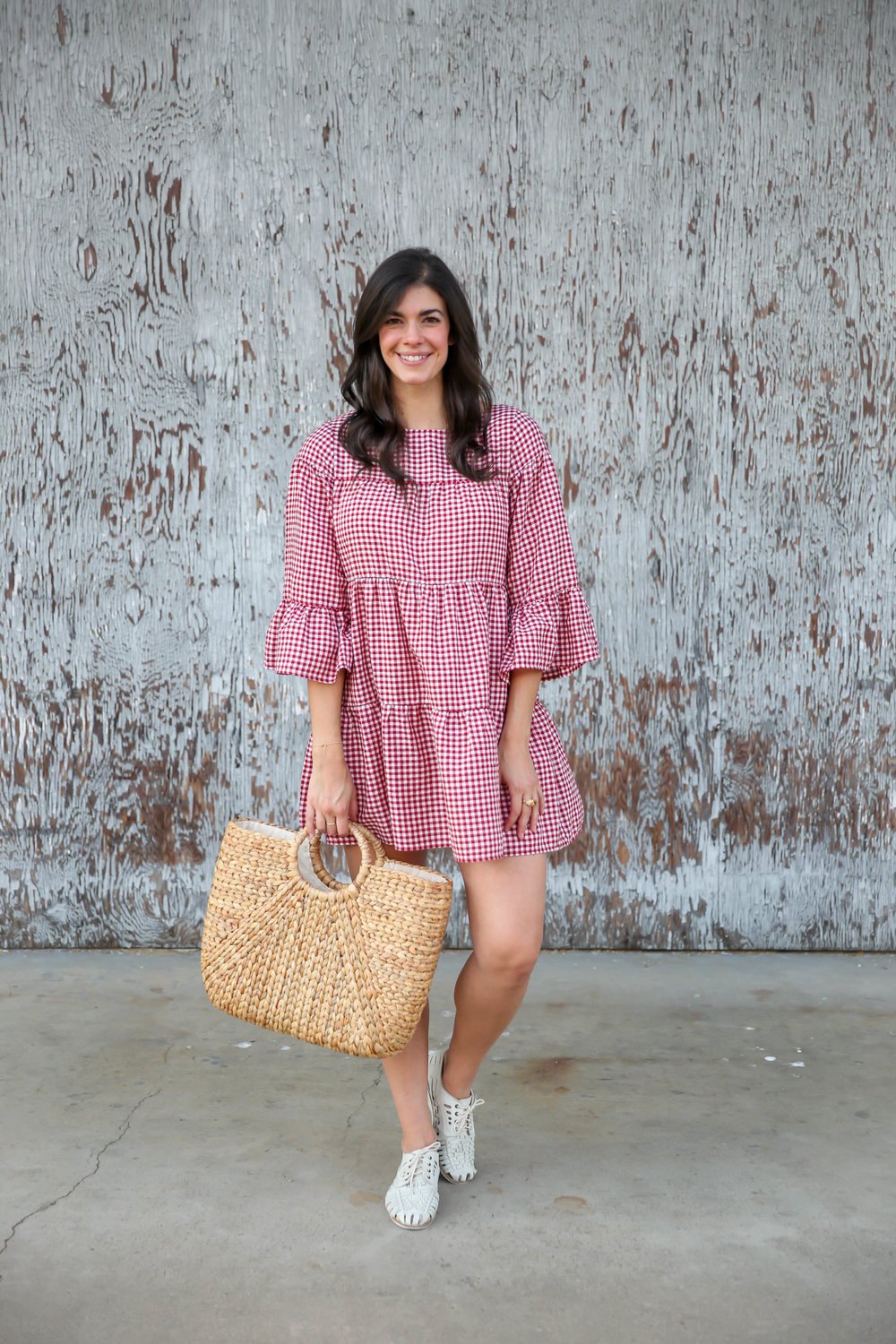red-white-gingham-dress-for-summer-lauren-schwaiger-charlotte-style-blogger.jpg