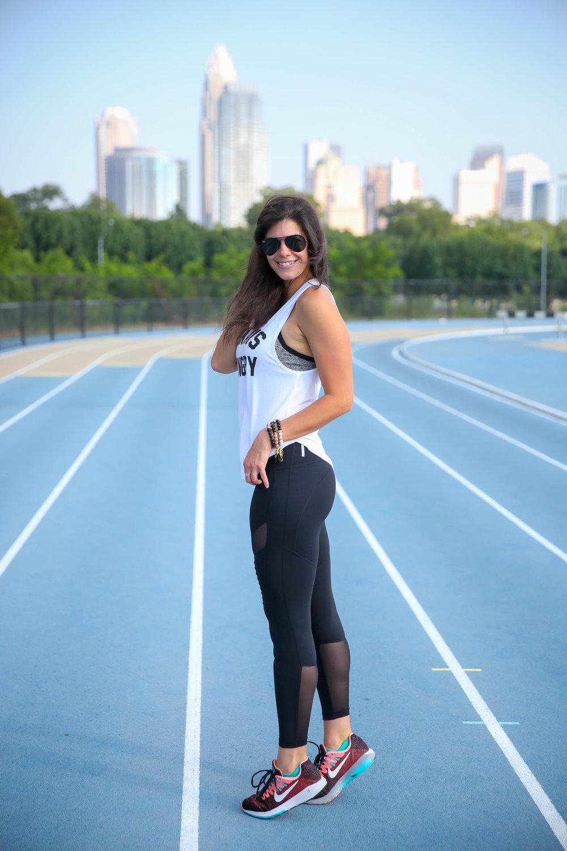 Zella-High-Waist-Moto-Ankle-Legging-Lauren-Schwaiger-Healthy-Lifestyle-Blogger.jpg