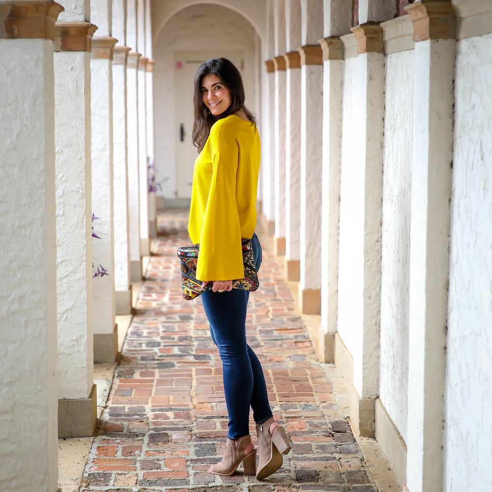 lauren-schwaiger-style-blogger-dark-denim-yellow-bell-sleeve-sweater.jpg
