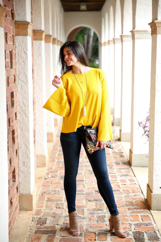 bell-sleeve-sweater-topshop-lauren-schwaiger-style-blog.jpg