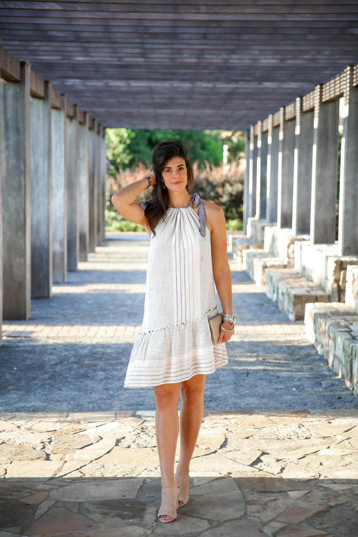casual-chic-summer-style-lauren-schwaiger-charlotte-style-blogger.jpg
