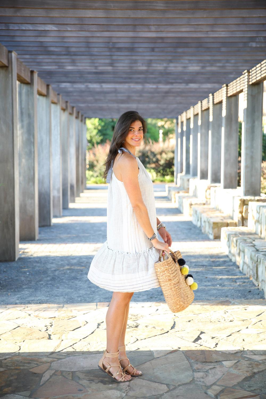 casual-chic-dress-for-summer-lauren-schwaiger-style-blog.jpg