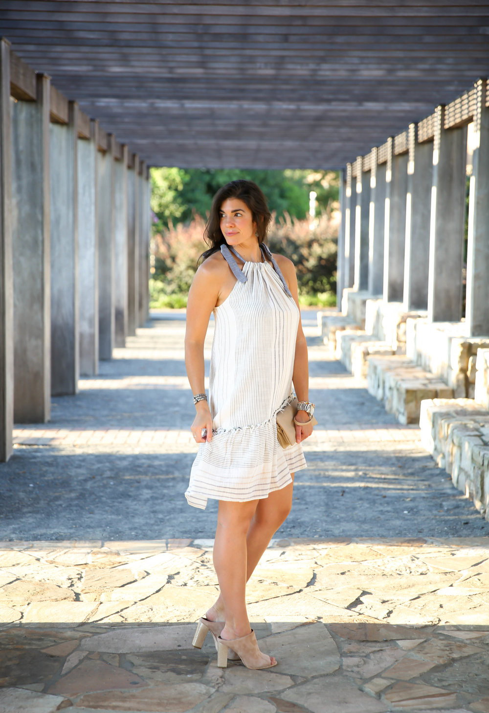 summer-chic-shoulder-tie-dress-lauren-schwaiger-style-blog.jpg