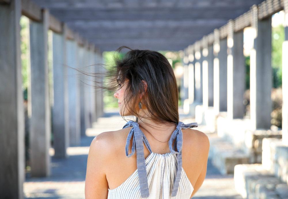 tie-shoulder-dress-summer-style-lauren-schwaiger-blog.jpg