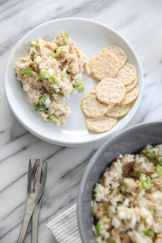 healthy-tuna-salad-gluten-free-crackers-lauren-schwaiger-blog.jpg