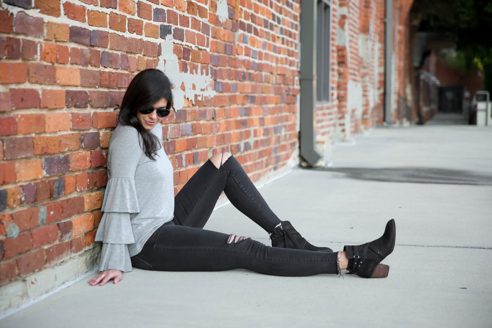 bell-sleeve-sweatshirt-ripped-black-skinny-jeans-booties-lauren-schwaiger.jpg