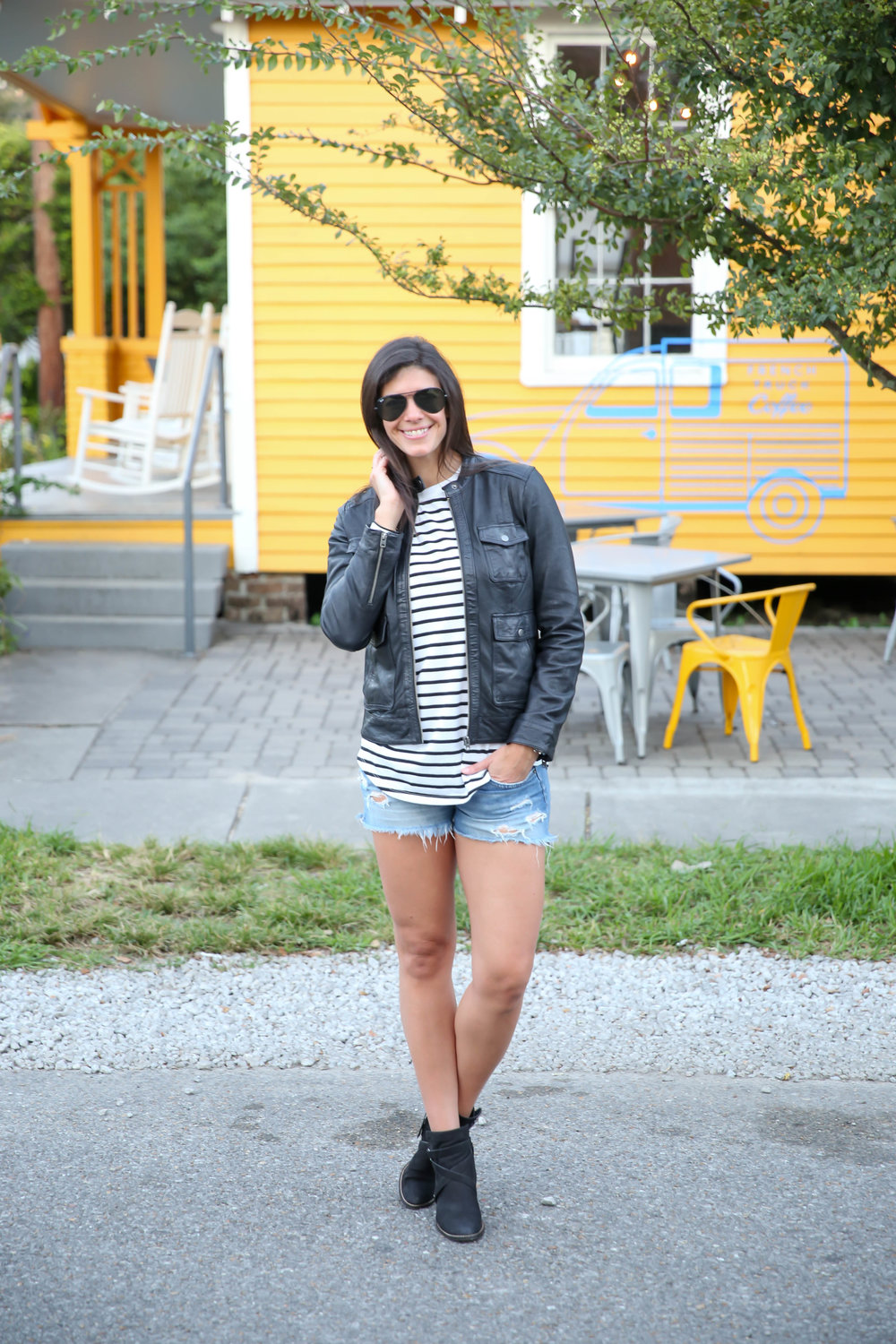 fall-style-shorts-booties-black-moto-jacket-lauren-schwaiger-style-blog.jpg
