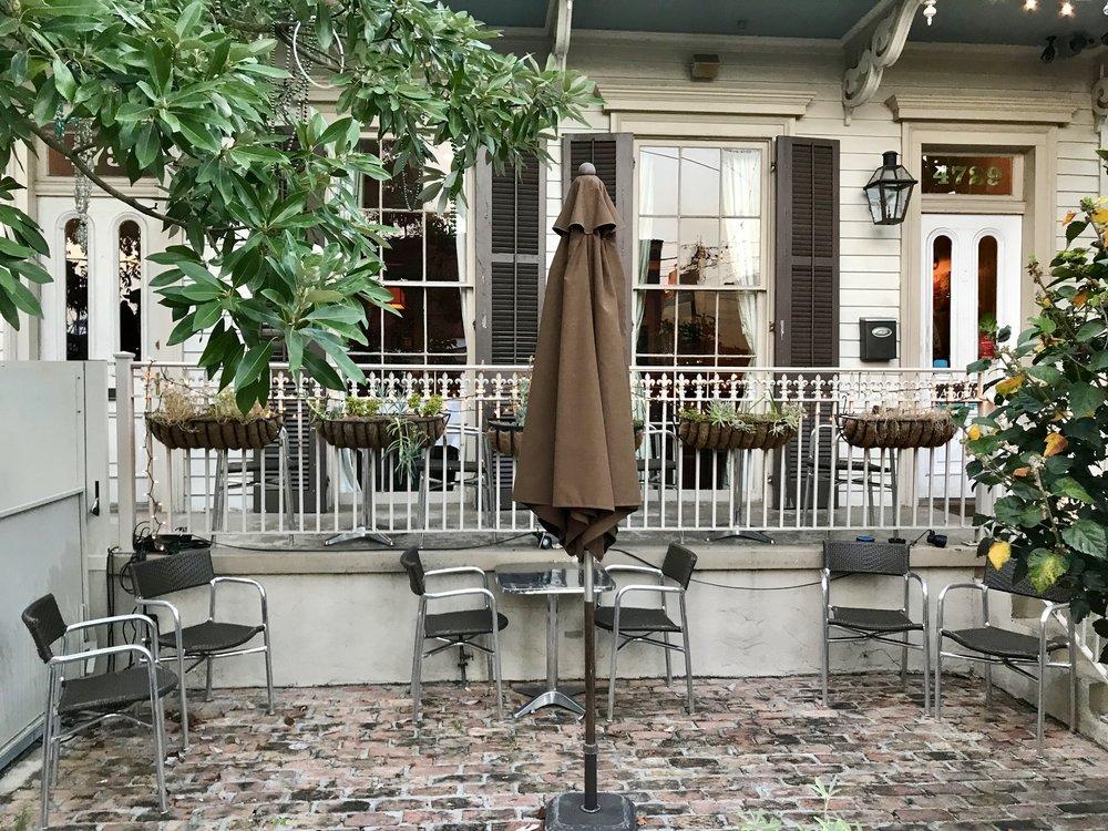 apolline-new-orleans-best-restaurants-lauren-schwaiger-travel-blog.jpg
