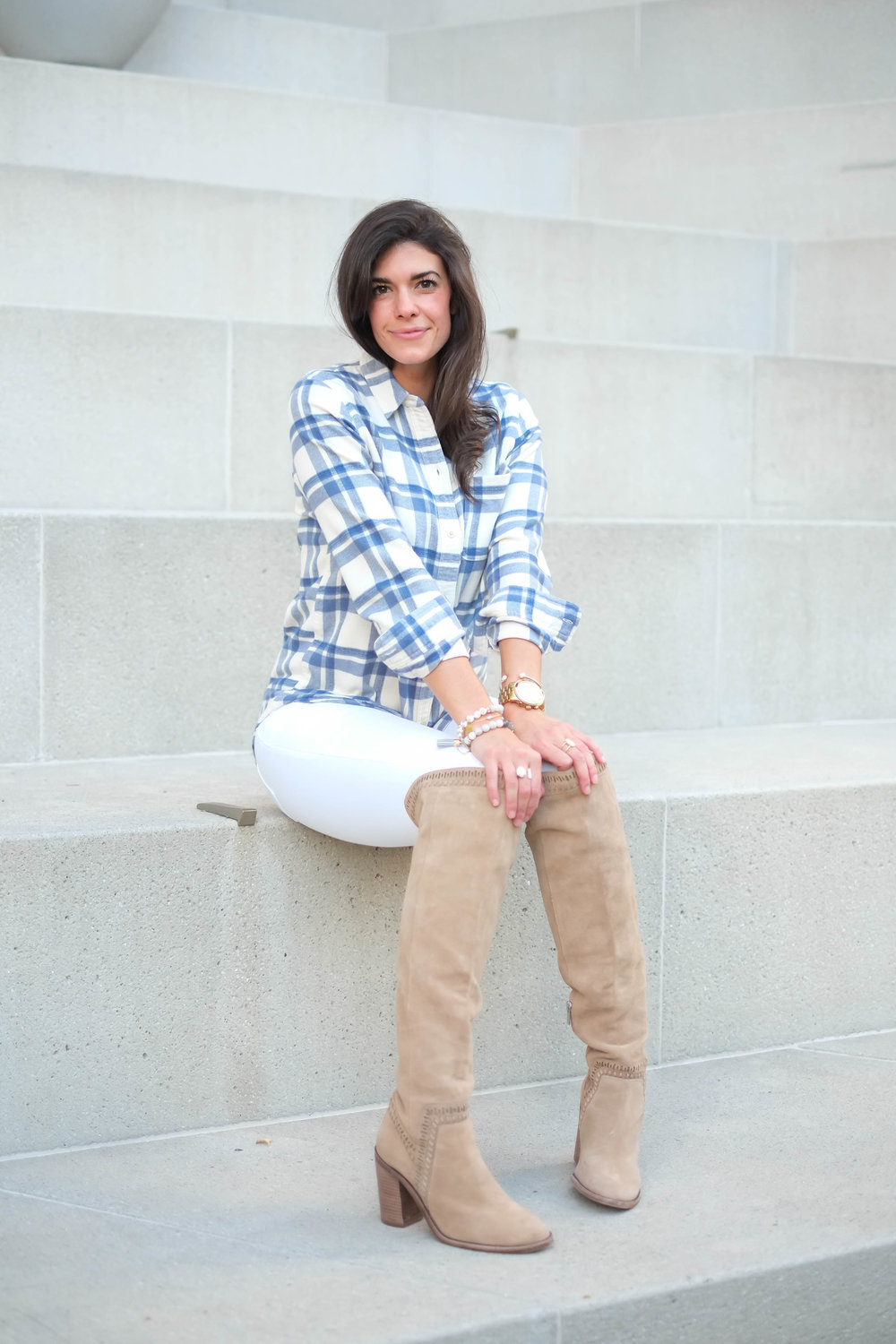 plaid-button-down-otk-boots-fall-ootd-lauren-schwaiger-blog.jpg