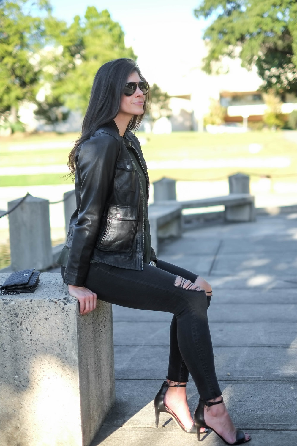 black-leather-jacket-ripped-black-skinnies-lauren-schwaiger-style-blogger.jpg