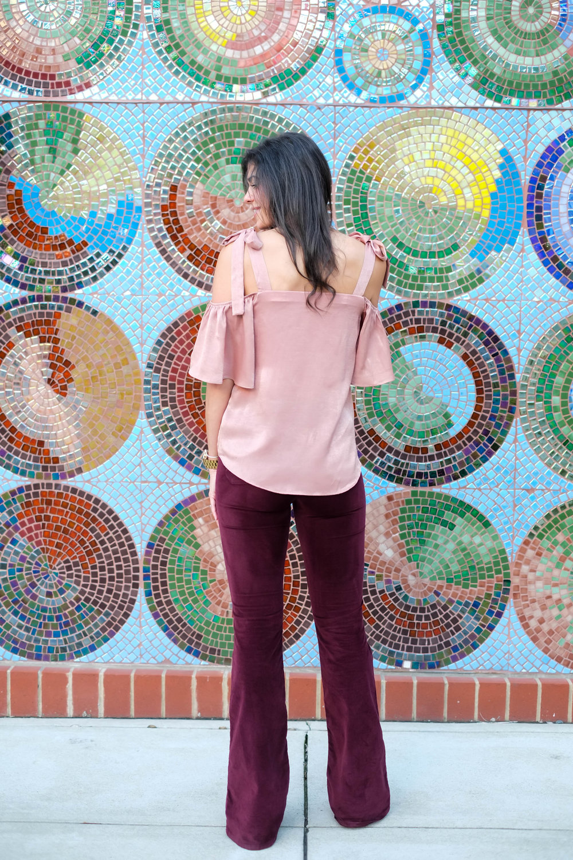 Burgundy-flare-velvet-pants-lauren-schwaiger-style-blogger.jpg