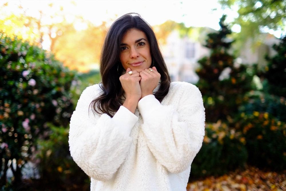 snuggly-sherpa-sweater-lauren-schwaiger-style-blog.jpg