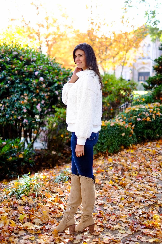 dark-denim-otk-boots-cozy-sweater-thanksgiving-outfit-inspiration.jpg